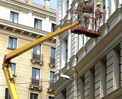 External refurbishment in progress of commercial decorating