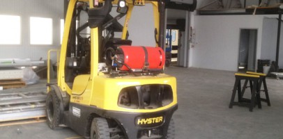 an image of a forklift